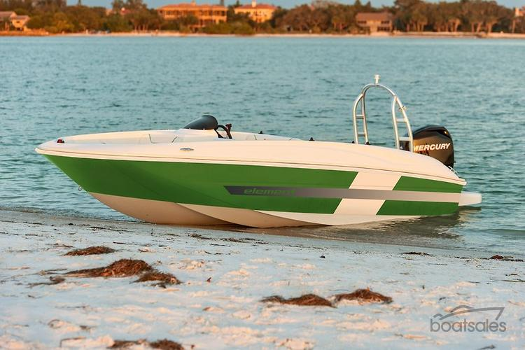 2015 BAYLINER ELEMENT 160