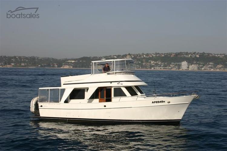 1982 MARINER 43 FLYBRIDGE