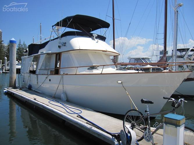 1985 MARINER 43 FLYBRIDGE